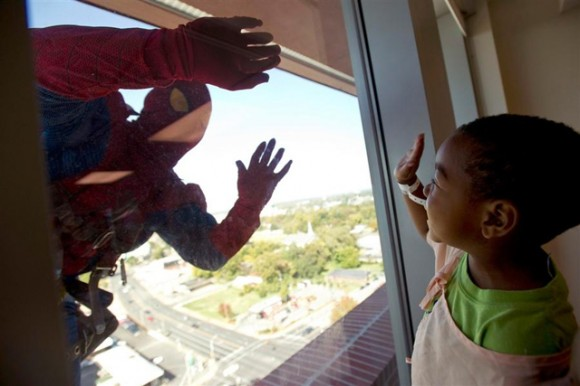 Spider-ManWindowWasher-580x386
