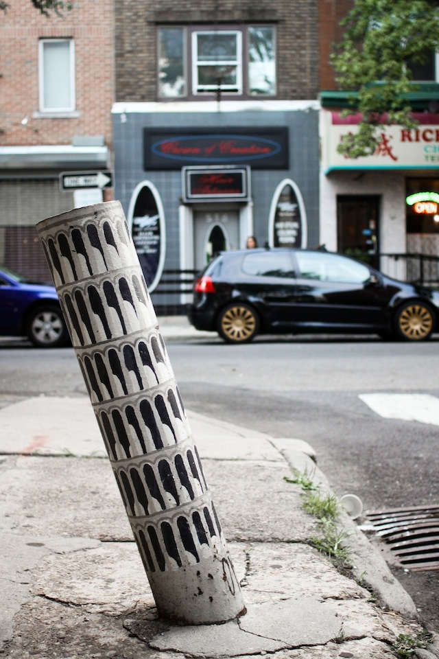 Street-Art-of-Leaning-Tower-of-Pisa-in-Philadelphia-PA-USA-1